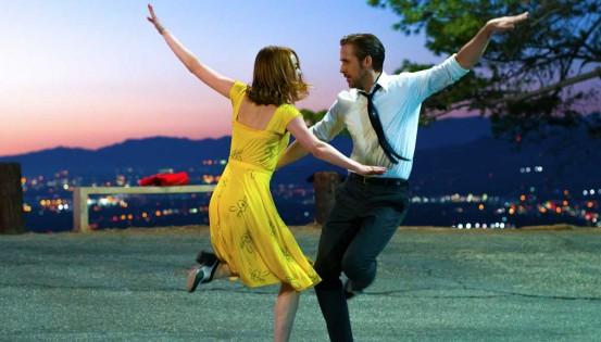 L'envie de ressentir une euphorie passagère est intrinsèquement liée à l'histoire des comédies musicales. © Belga films