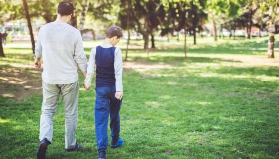 La crise du coronavirus vient surligner les difficultés que les parents d'enfants porteurs de handicap vivent au quotidien (c)Istock.