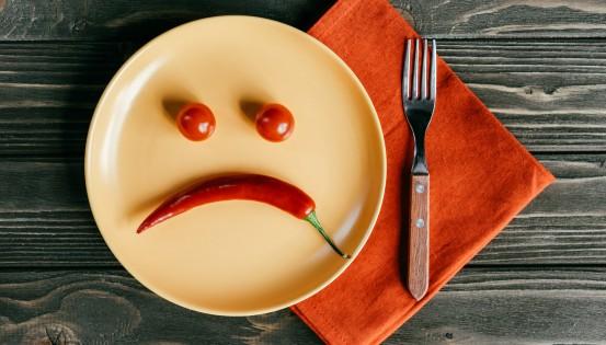 Globalement, les régimes restrictifs constituent un risque pour la santé en raison d'un apport insuffisant en nutriments essentiels. (c)iStock